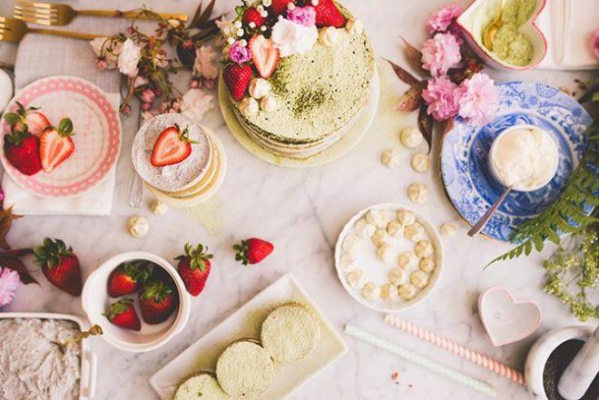 Matcha and sesame cake