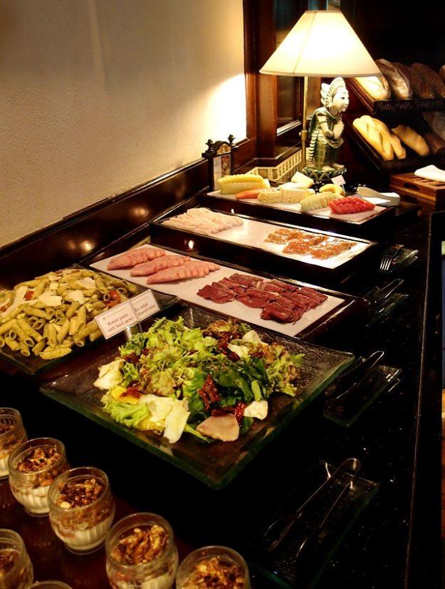 巴里島洲際飯店Club Lounge早餐Buffet