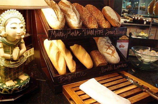 巴里島洲際飯店Club Lounge早餐麵包