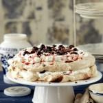 פבלובה שכבות – עוגת יום ההולדת שלנו!