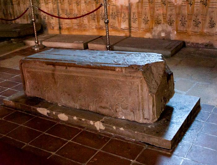 Mormântul numărul 10