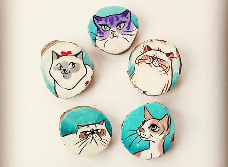 Pisici pictate pe lemn