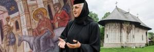 stareţa Mănăstirii Humor maica Parascheva Sorohan Bucovina foto slider