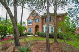 Property for sale at 138 E Mirror Ridge Circle, The Woodlands,  Texas 77382