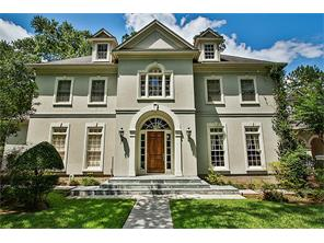 Property for sale at 31 N Regent Oak Court, The Woodlands,  Texas 77381