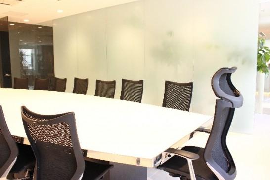 会議室とパーテーション