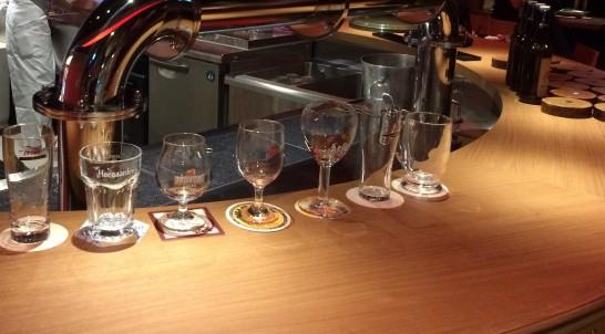 THE DAD BODのビールグラスの種類