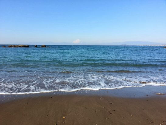 葉山 相洋閣の近くの海