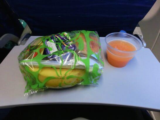 ハワイアン航空の機内食(軽食)