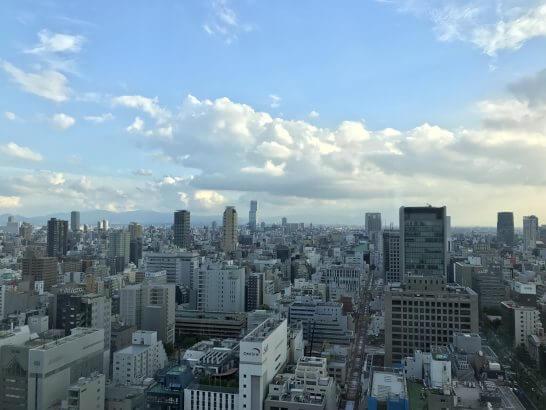セントレジスホテル大阪の窓からの眺め