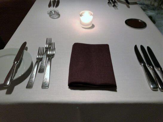 ハイアットリージェンシー京都「THE GRILL」のテーブル
