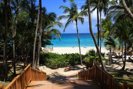 海外リゾートのビーチ