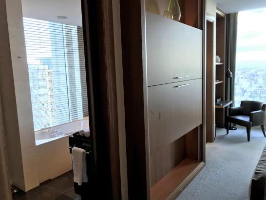 セントレジス大阪の部屋