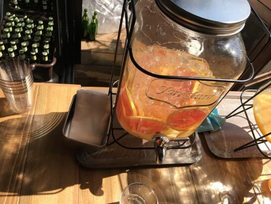 グレープフルーツとレモンが染み込んだミネラルウォーター