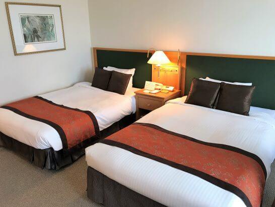 フォレスト・イン昭和館のベッド
