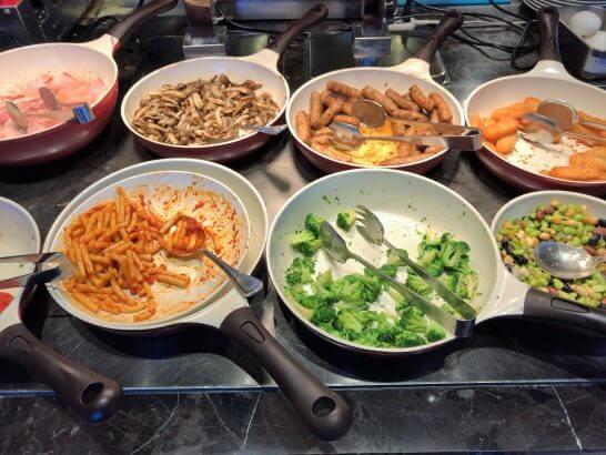東京マリオットホテルの朝食の温料理