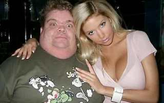 fat-guy-with-hot-girl