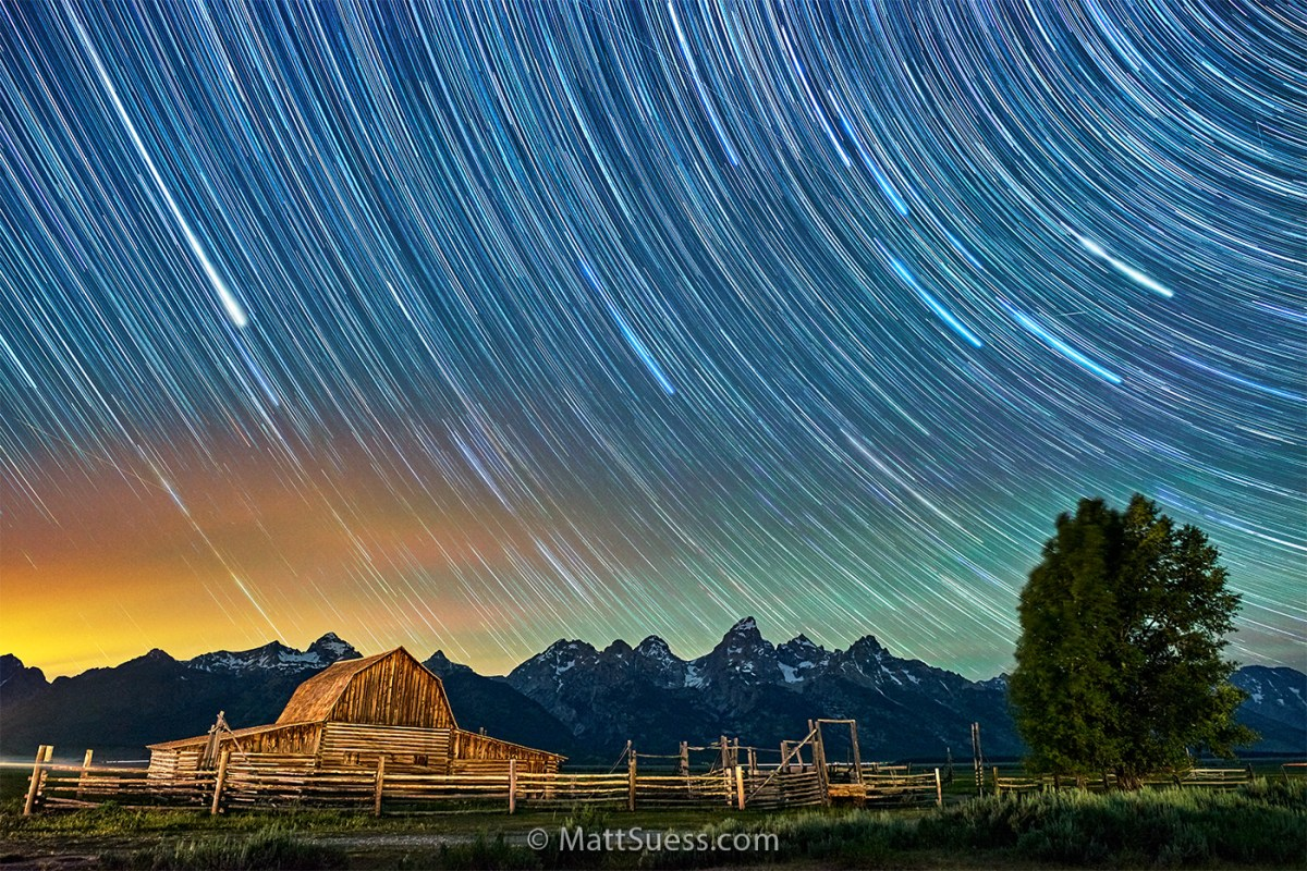 An Hour at Night at the John Moulton Barn in the Tetons