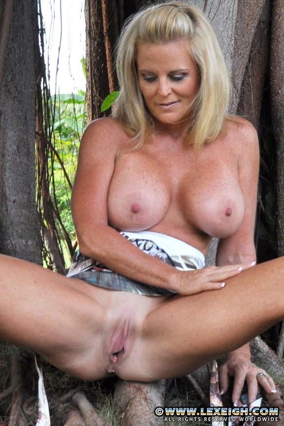 milfs like lexeigh
