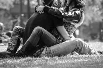 couple-814825_1280-min