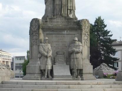 Le monument après la réparation