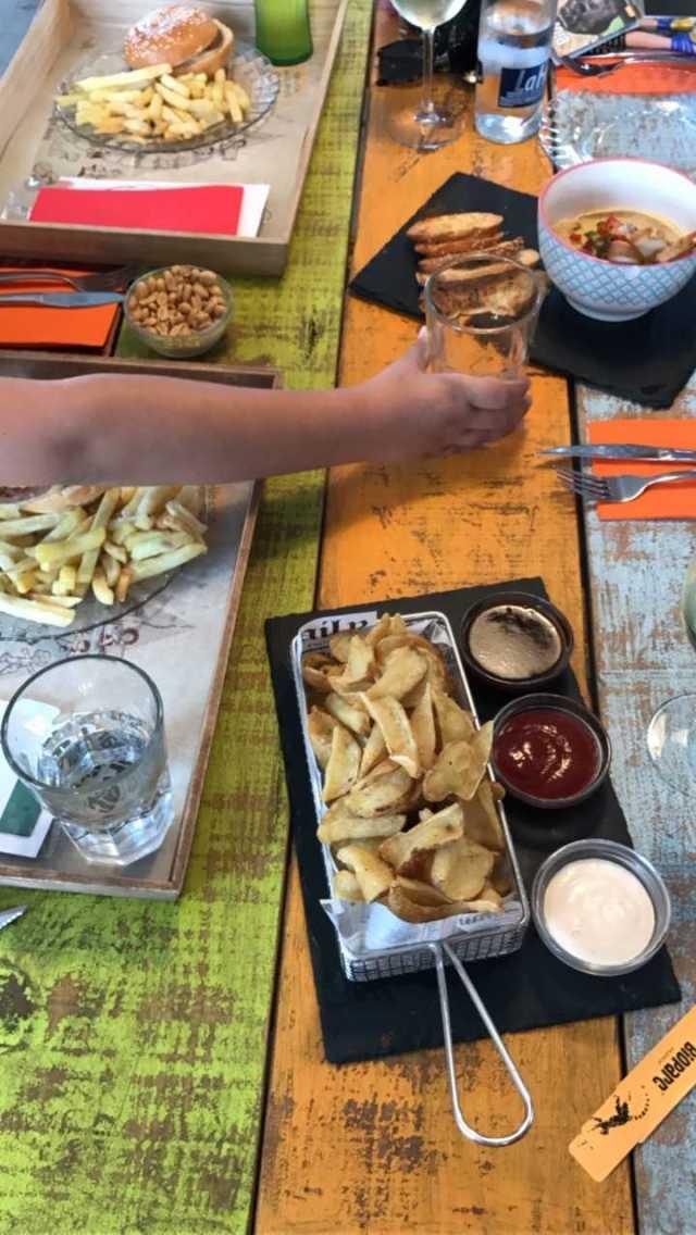 comer con niños en Valencia, el bioparc