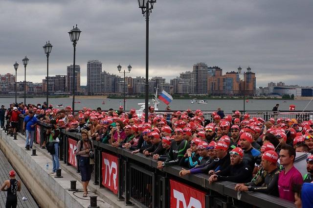 В ожидании старта плавательного этапа. Около 8:00. #Ironstar Kazan 2016, 27 августа.