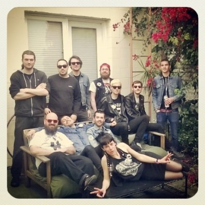 Pour le Gloire: Lydia and the lads from Youth Avoiders and Dry Heaves