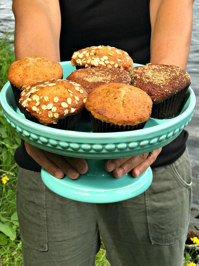 good & simple muffins on cake dish