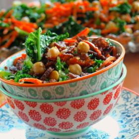 Kale Salad with Tempeh Bits - #vegan #salad #Kale #thanksgiving #Starter #chickpeas #tempeh #memorialDay #bbq #4thofjuly