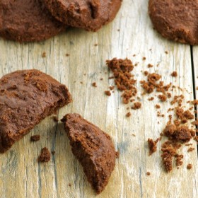 Fudgy flourless chocolate passover cookies - Vegan and Gluten Free