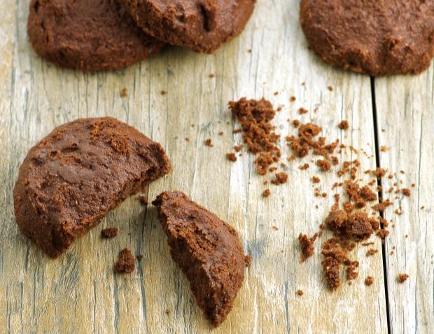 Fudgy flourless chocolate passover cookies - Vegan and Gluten Free