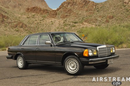 1984-mercedes-300d-at-gates-pass.jpg