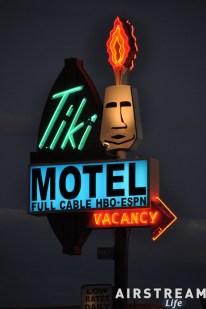 tiki-motel.jpg
