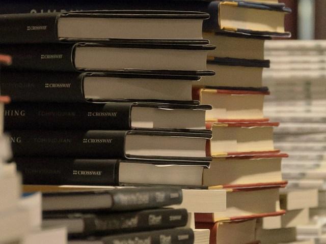 Books.AnthonyMark photography