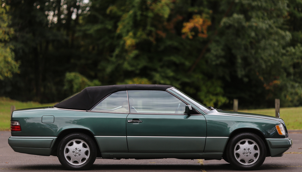 Check Out This Timeproof 1994 Mercedes Benz E320