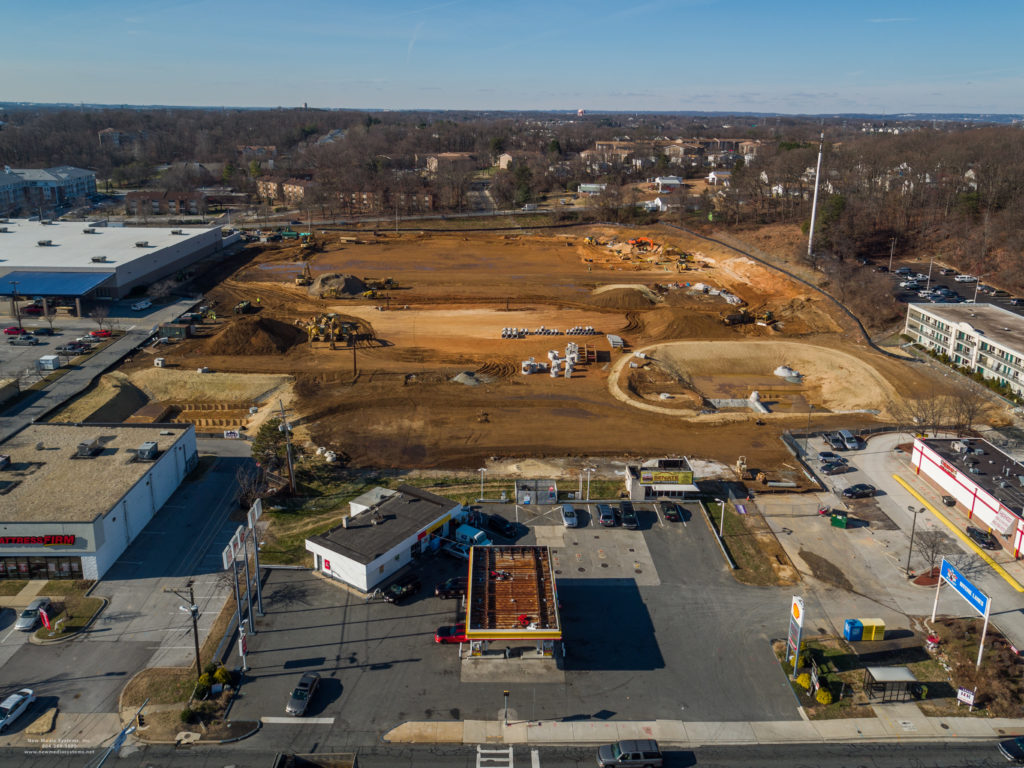 Smart Business On October Giant Is Scheduled To Reopen Ir Newredesigned Giant Food While Major Improvements Continue At Arundel Lowes Near Glen Burnie Md Lowe S Home Improvement Glen Burnie houzz-02 Lowes Glen Burnie