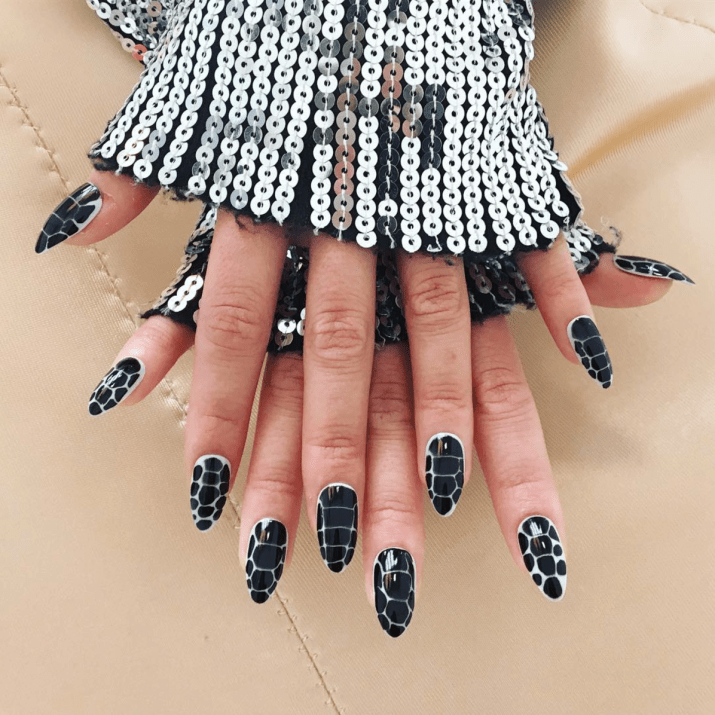 dope-nails-reptile