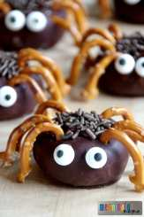 Spider Donuts - Spider Food Ideas for Halloween or a Harvest Party
