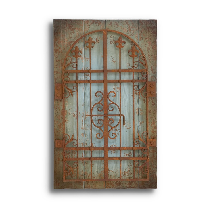 metal and wood wall decor