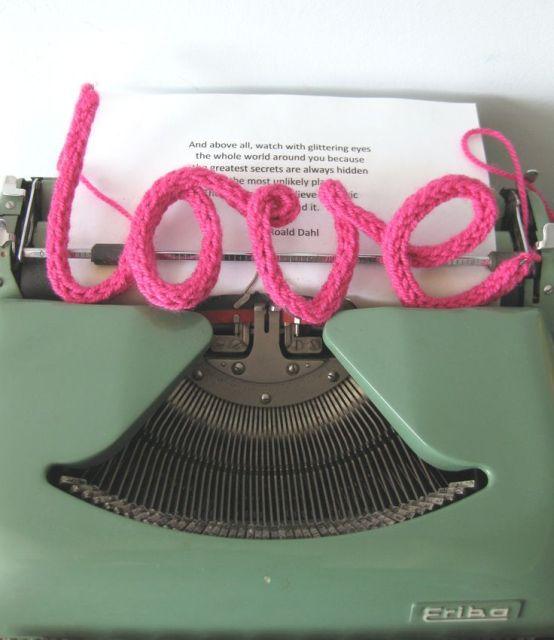 French Knitting - punniken ... inserted iron wire @Ginesta Paredes, @Maria Escoda, @Natàlia Barenys, @Coia Figueras Llort, @Rita Marimon, @Montse Torrents, @Assun González Garcés