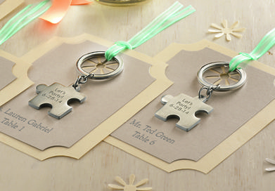 Puzzle Piece key chain as personalized place cards