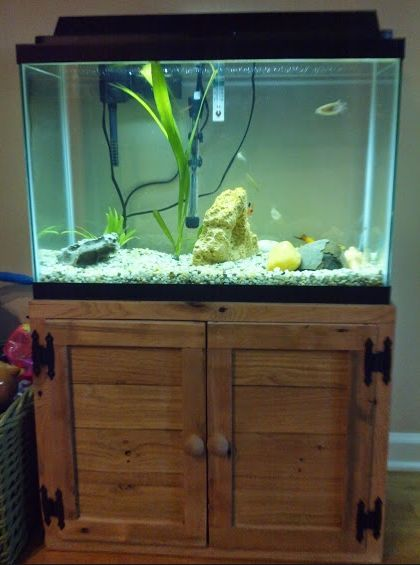 Fish tank stand wood rustic reclaimed pallet wood fish for Pallet aquarium stand