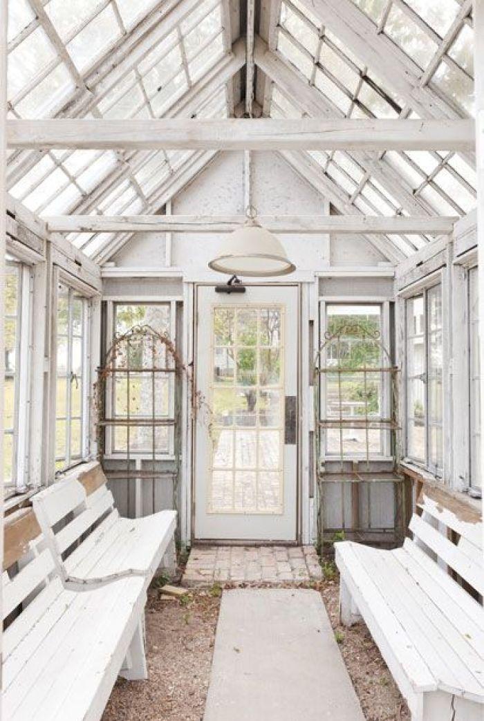 Tea toast dream house and garden feather and nest for Rachel ashwell house
