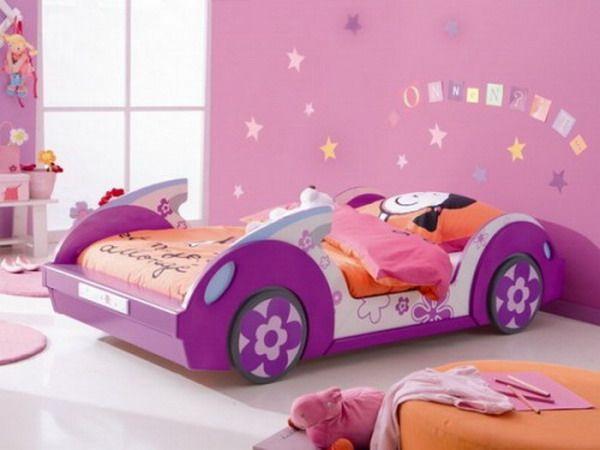 Cama coche lila