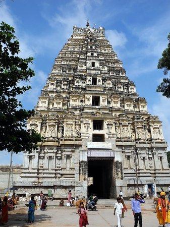 Photos of Virupaksha Temple, Hampi