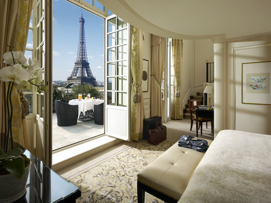 eiffel duplex terrace TOP 10 HOTELS TO WORK AND PLAY IN THE WORLD.