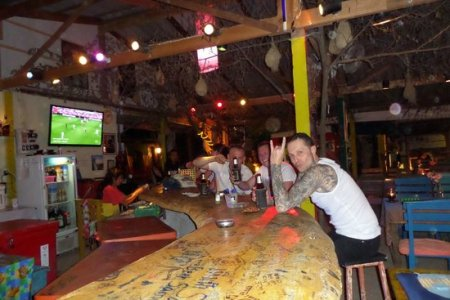 bob s restaurant bar