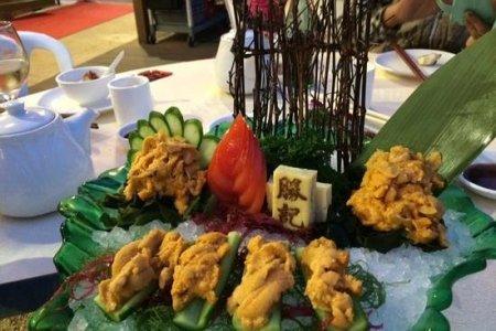 sea urchin shashimi