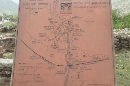 bhangarh, the haunted palace foto de bhangarh fort